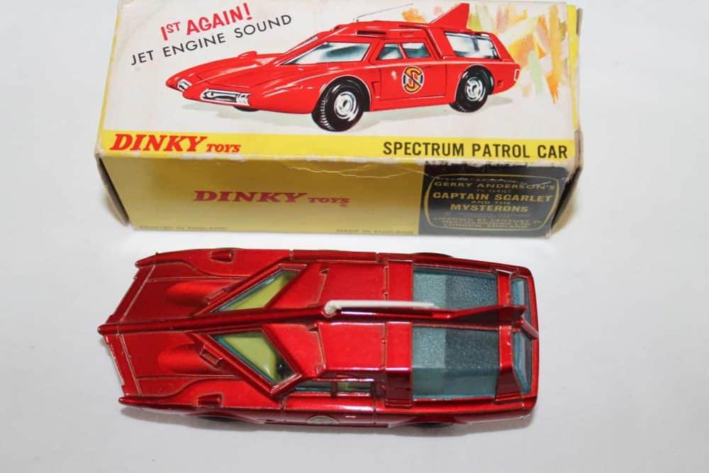 Dinky Toys 103 Spectrum Patrol Car-top