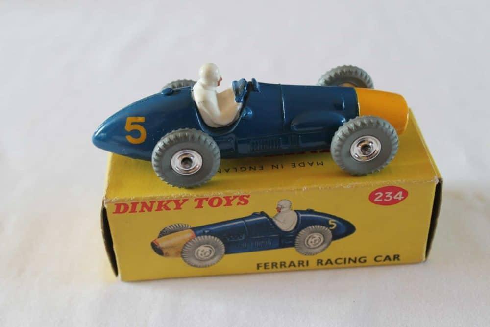 Dinky Toys 234 Ferrari Racing Car-side