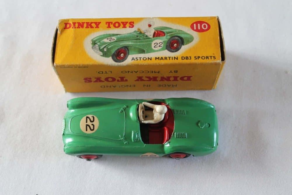 Dinky Toys 110 Aston Martin DB3 Sports-top
