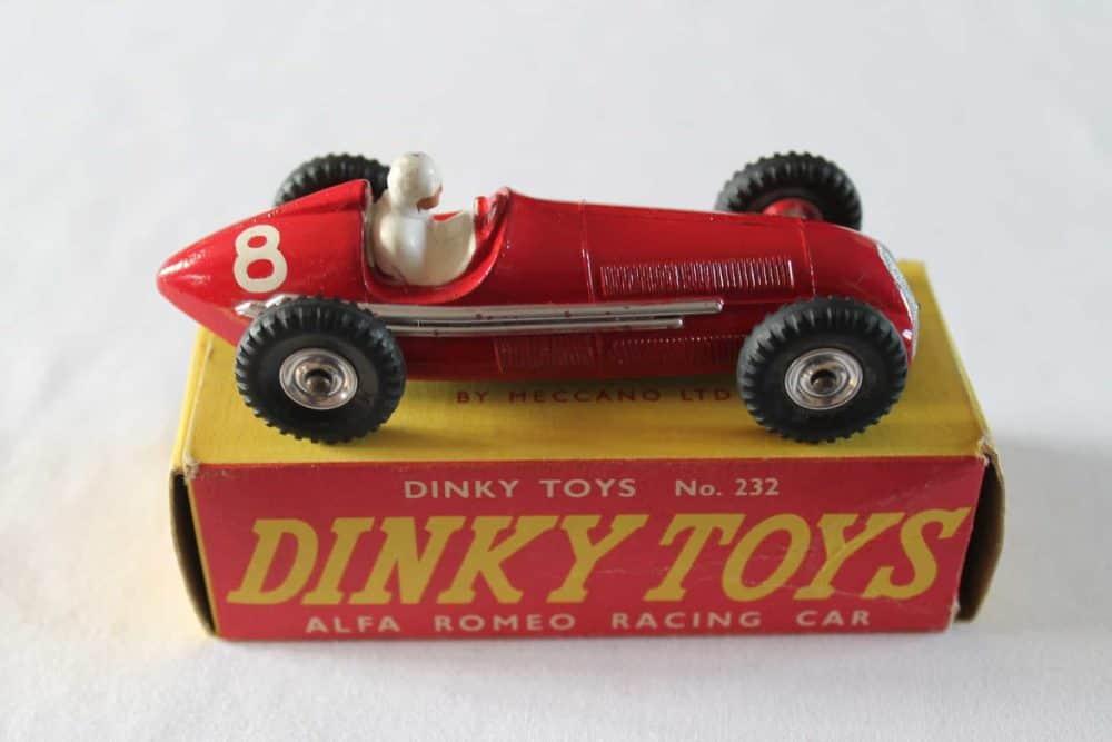 Dinky Toys 232 Alfa Romeo-side