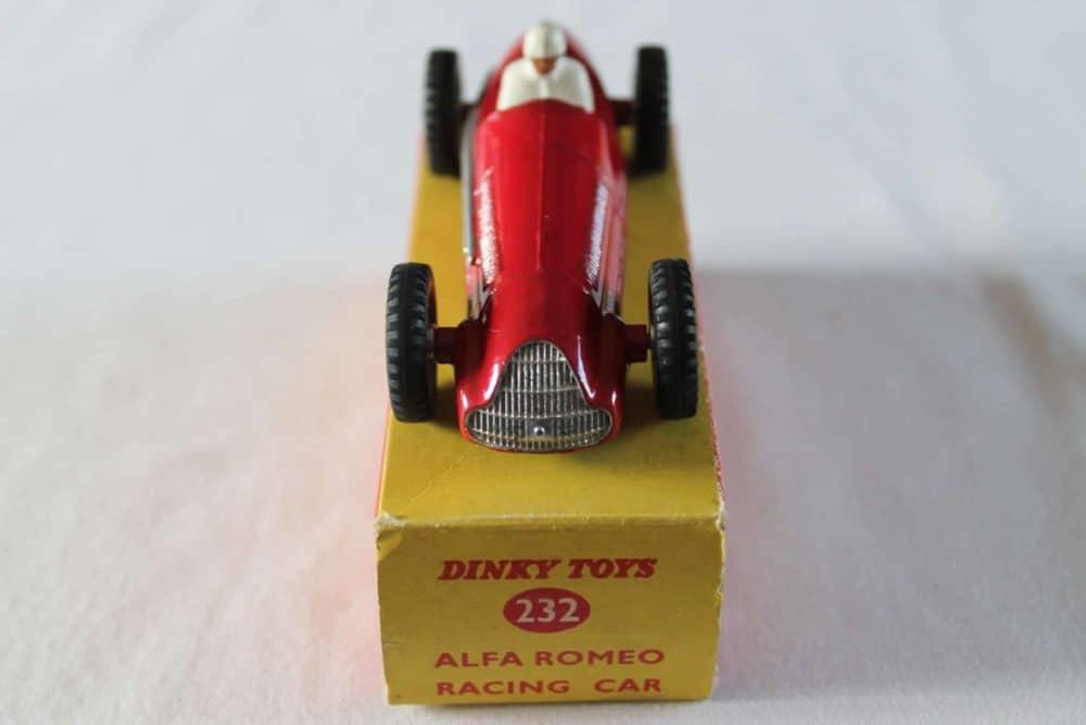 Dinky Toys 232 Alfa Romeo-front