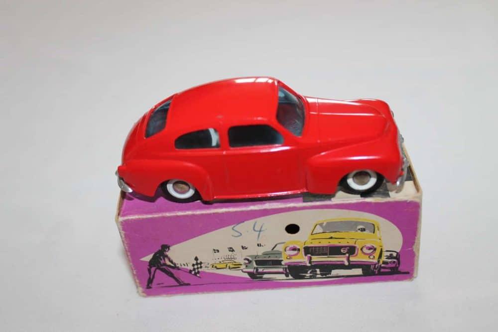 Tekno Toys 822 Volvo PV 544-side
