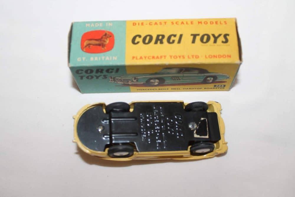 Corgi Toys 304 Mercedes-Benz 300SL Hardtop Roadster-base