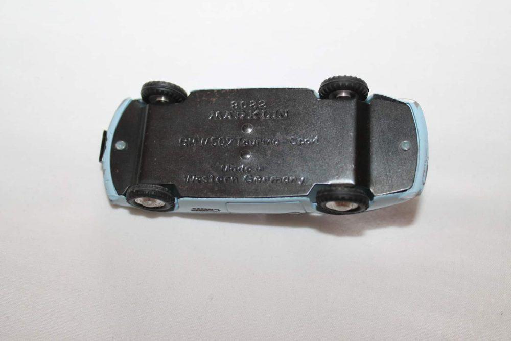 Marklin Toys 8022 BMW-507-base