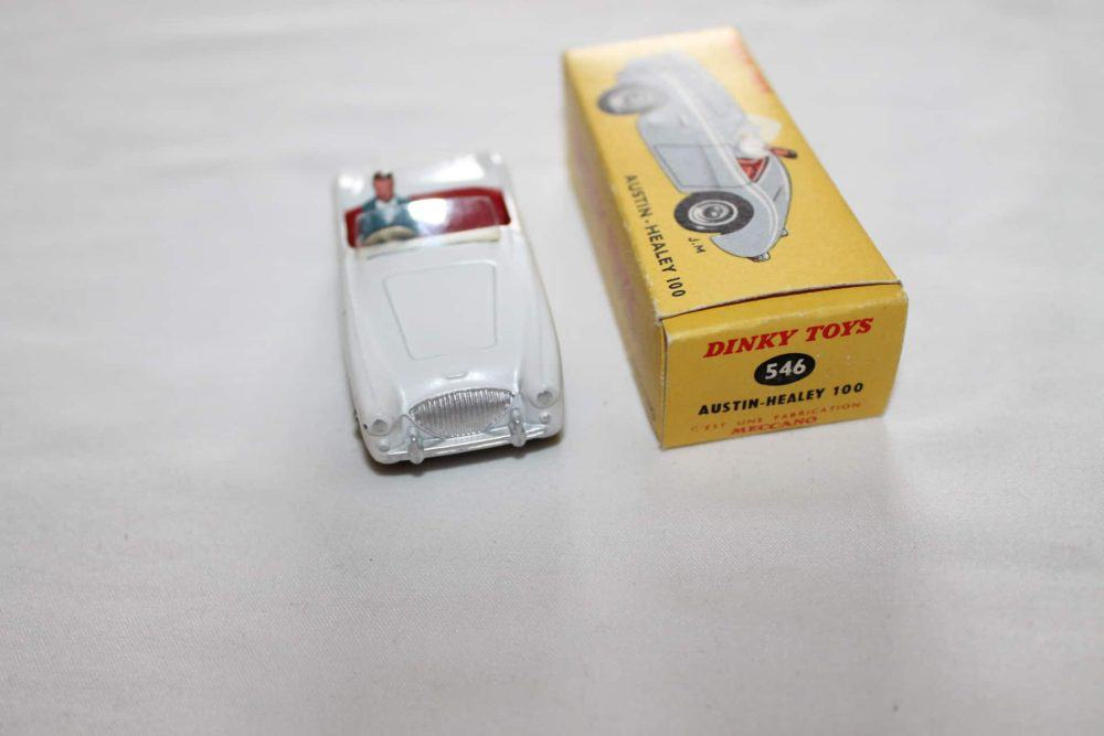 French Dinky Toys 546 Austin Healey 100-front