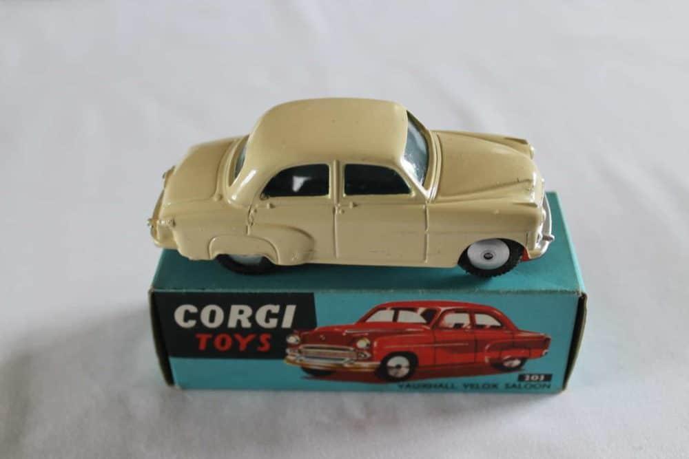 Corgi Toys 203 Vauxhall Velox-side