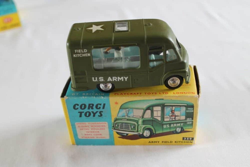 Corgi Toys 359 Army Field Kitchen-side