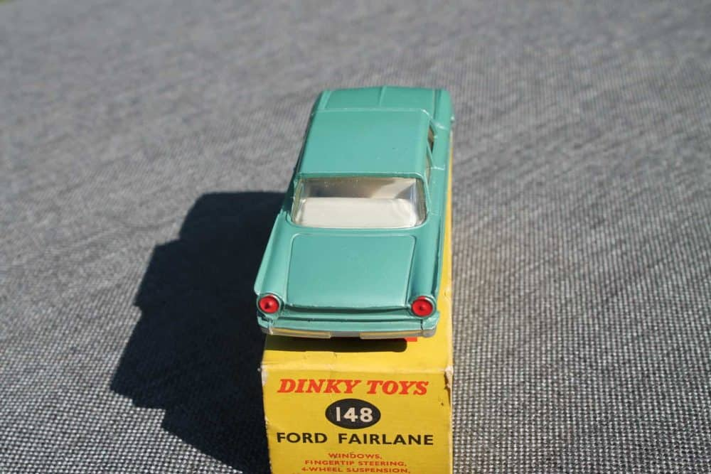 Dinky Toys 148 Ford Fairlane. Silver-Green-back