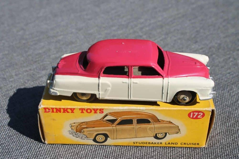 Dinky Toys 172 Studebaker Land Cruiser Highline Rare-side