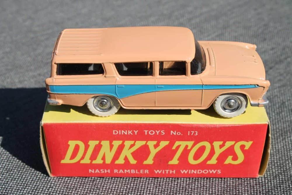 Dinky Toys 173 Nash Rambler Silver Spun Wheels-side