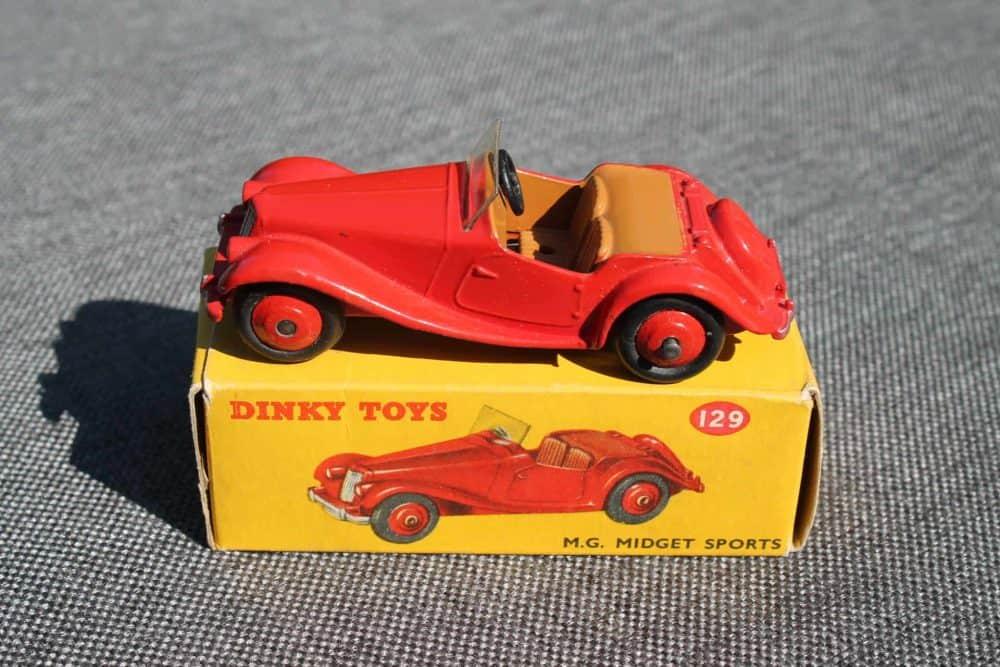 Dinky Toys 129 MG Midget