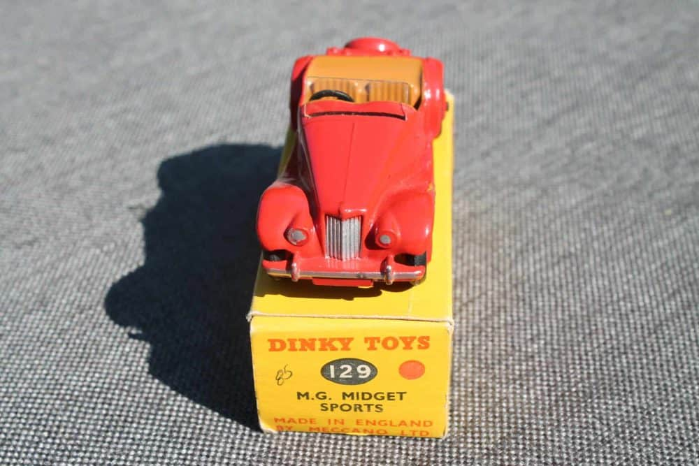Dinky Toys 129 MG Midget-front