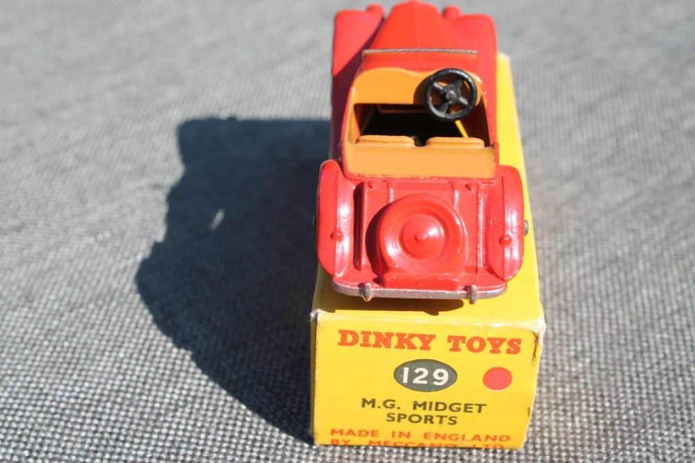 Dinky Toys 129 MG Midget-back