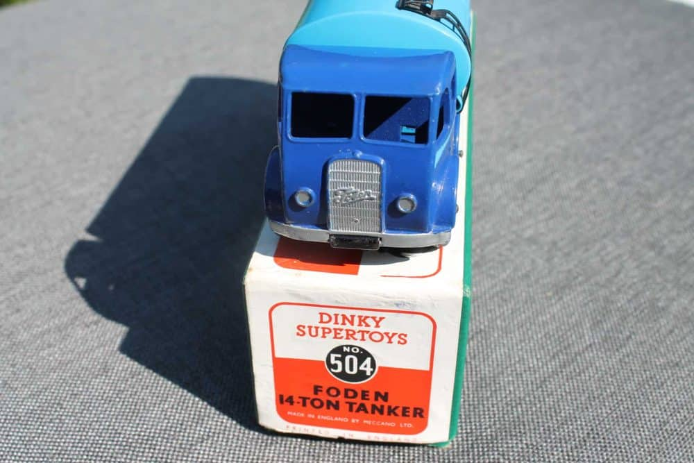 Dinky Toys 504 1st Cab Foden Tanker-front