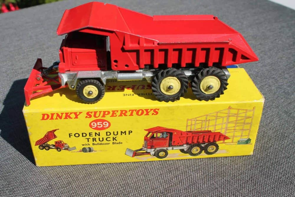 Dinky Toys 959 Foden Dump Truck