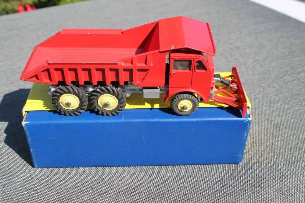 Dinky Toys 959 Foden Dump Truck-side