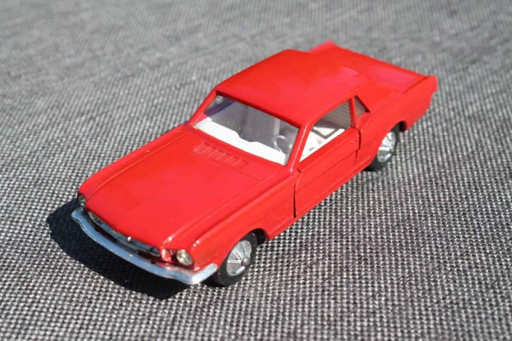 Solido Toys 147 Ford Mustang with Interior Light-frontleft