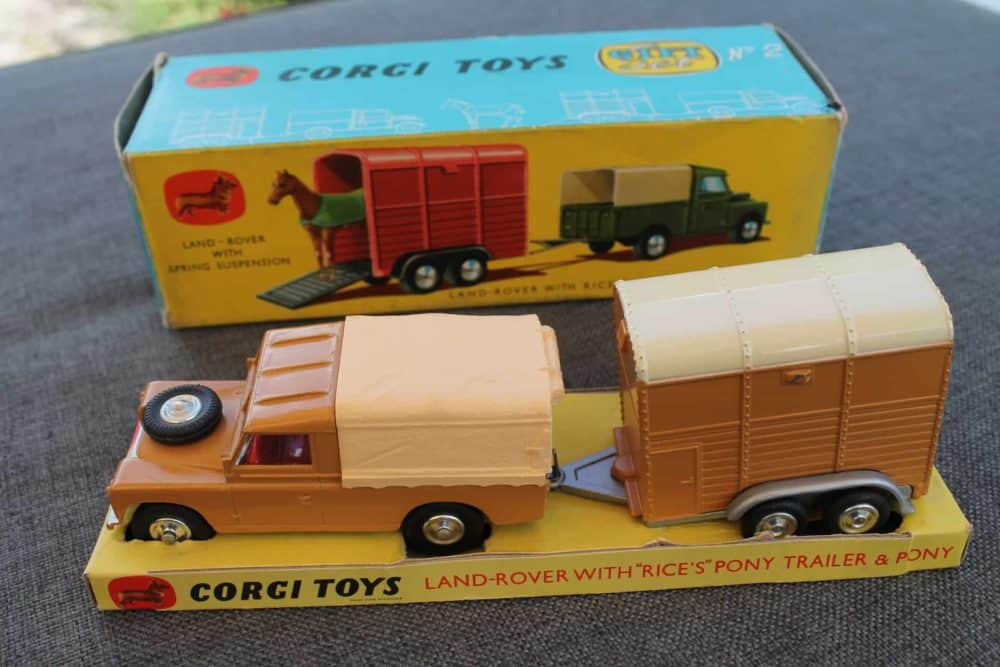 Corgi Toys Gift Set No 2 Land-Rover with Rice's Trailer & Pony