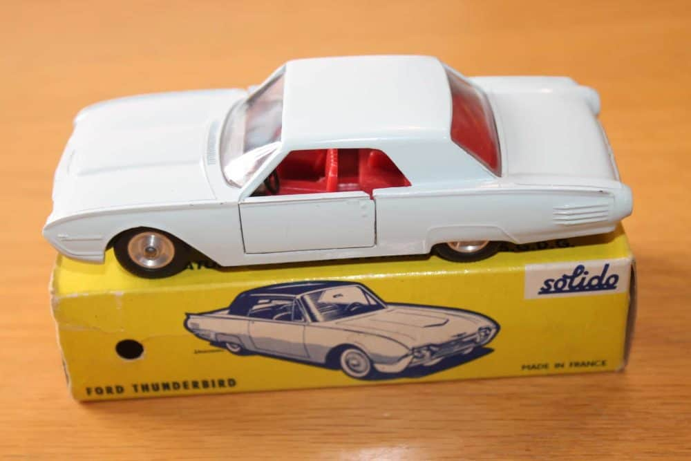 Solido Toys 128 Ford Thunderbird