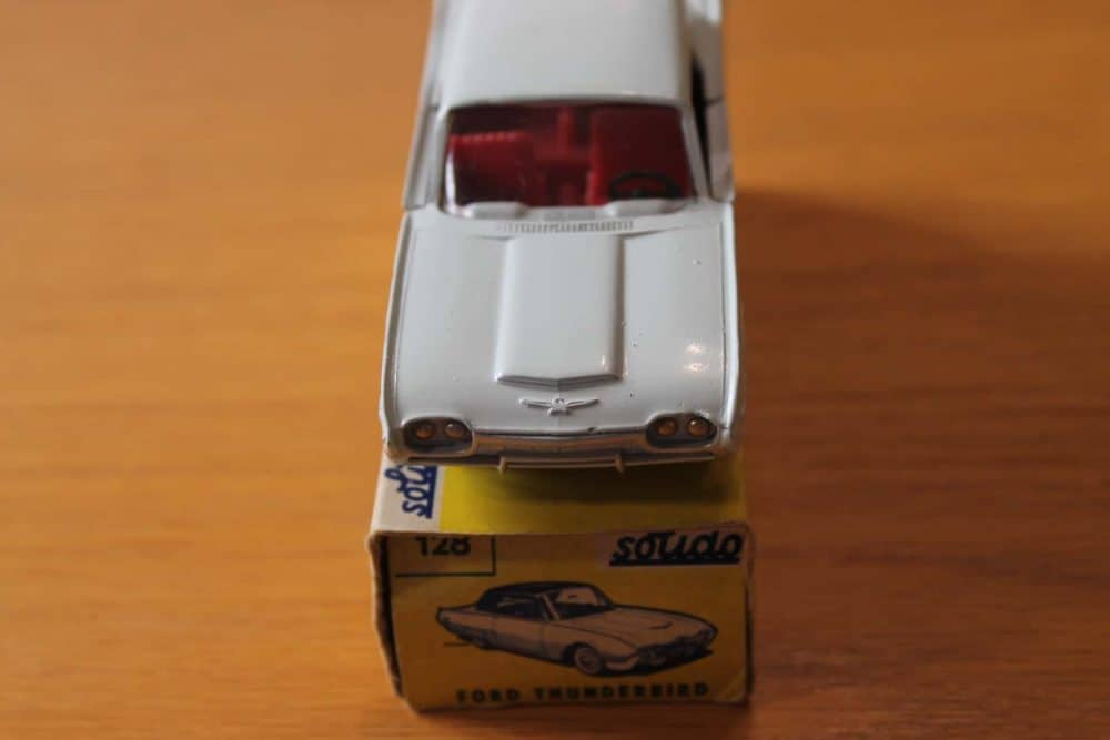 Solido Toys 128 Ford Thunderbird-front