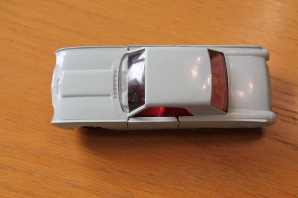 Solido Toys 128 Ford Thunderbird-top