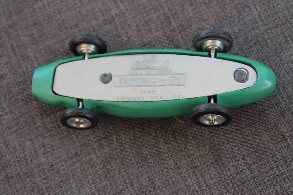Solido Toys 104 Vanwall F1-base