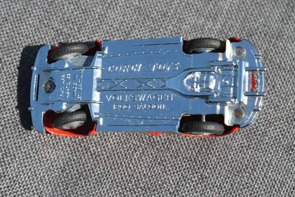 Corgi Toys 256 Volkswagen 1200 'East African Safari'-base